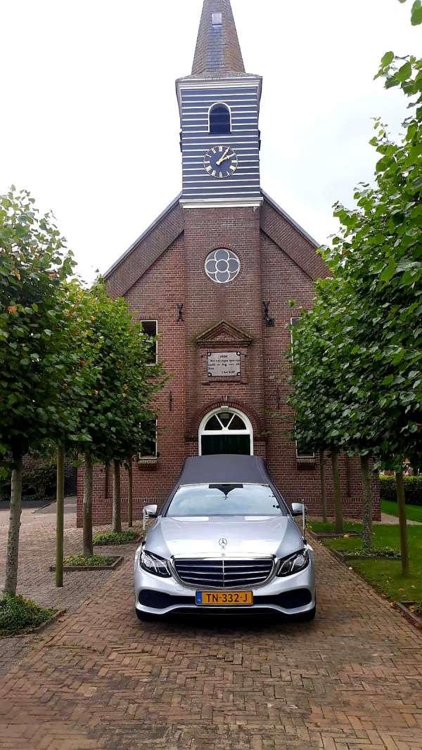 uitvaartverzorger_Bantega_Sterre Uitvaartzorg Friesland, Groningen, Drenthe, Noord-Holland en Flevoland_18.jpg