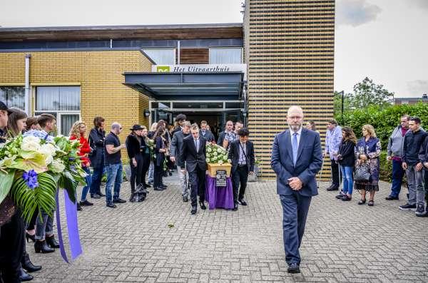 uitvaartverzorger_Bantega_Sterre Uitvaartzorg Friesland, Groningen, Drenthe, Noord-Holland en Flevoland_10.jpg