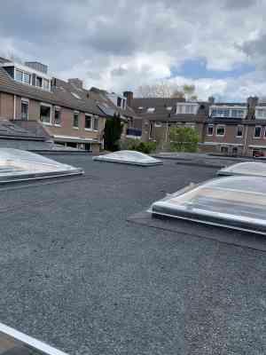 foto 3 van project Renovatie Plat dak, met plaatsen dakkoepels