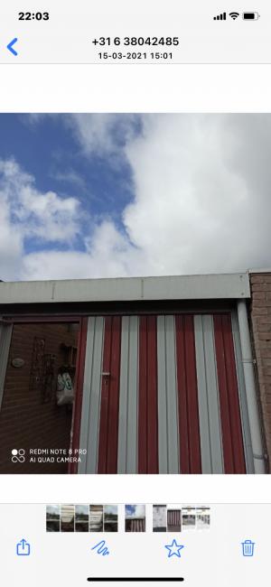 foto 1 van project Renovatie plat dak , met plaatsen lichtkoepels