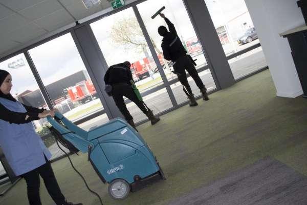 schoonmaakbedrijf_Veenendaal_Schoonmaakbedrijf Quick & Clean_2.jpg