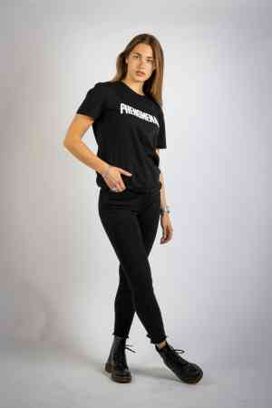 foto 2 van project Fotoshoot voor een internetbedrijf kledinglijn