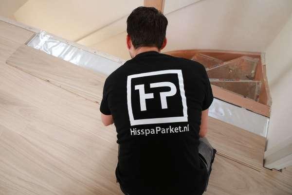 vloerlegger_Ridderkerk_Hisspa Parket - voor uw houten vloeren en traprenovaties_13.jpg