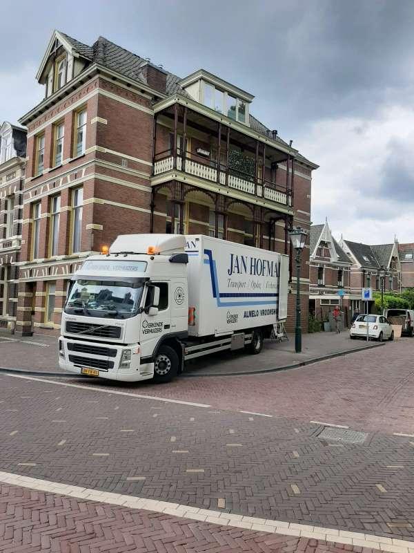 verhuisbedrijf_Vroomshoop_Jan Hofman Transport / Verhuizingen_2.jpg