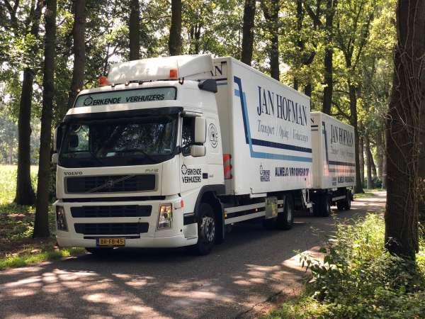 verhuisbedrijf_Vroomshoop_Jan Hofman Transport / Verhuizingen_3.jpg