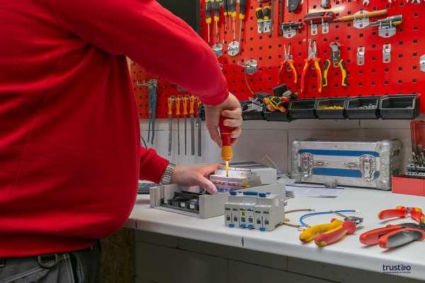 elektricien_Steenbergen nb_ELF Elektrotechniek B.V._4.jpg