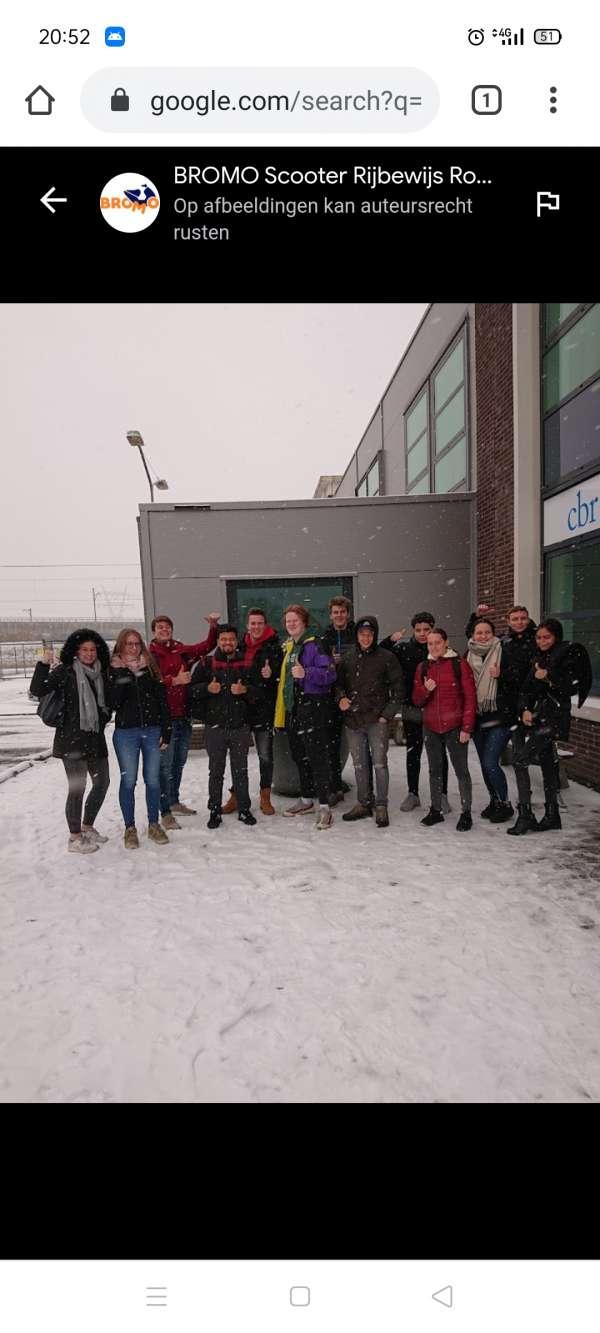 rijschool_Barendrecht_Bromo Scooter Rijbewijs_4.jpg