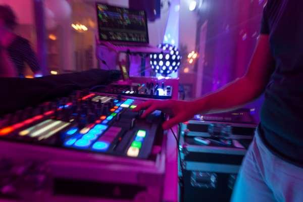 dj_Zwolle_DJ Big Blender   Bruiloft DJ   Drive In Show   Ervaren & Allround_22.jpg