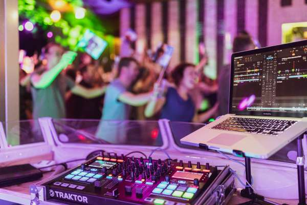 dj_Zwolle_DJ Big Blender   Bruiloft DJ   Drive In Show   Ervaren & Allround_20.jpg