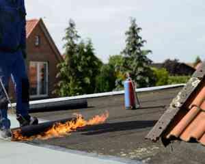 foto 1 van project bitumen dak gebrand