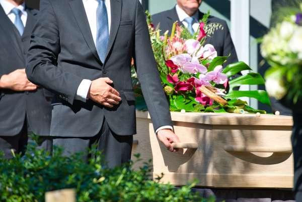 uitvaartverzorger_Echt_Peusen Uitvaartzorg Crematorium_5.jpg