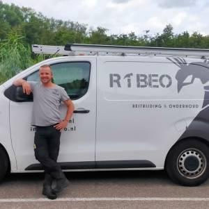 RIBEO ongedierte bestrijding & onderhoud. wespennest bestrijden.jpg
